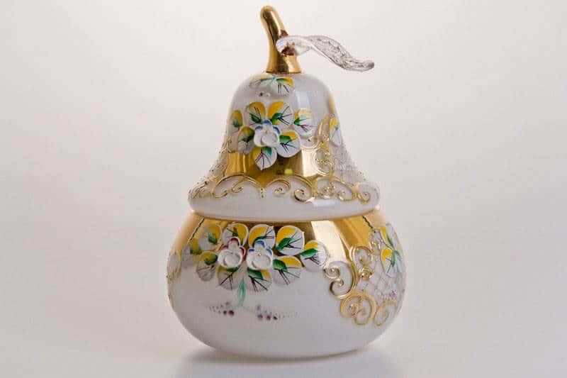 Ваза для конфет Лепка белая груша, маленькая